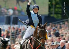 Anabel Balkenhol gewinnt das Dressur-Derby ©Stefan Lafrentz